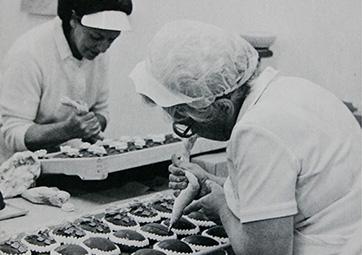 Hand-Decorating Eggs